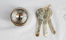 会社の鍵交換での家・建物の鍵トラブル